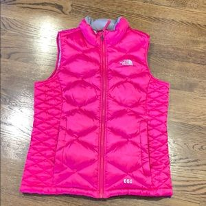 The North Face 550 down vest, youth 14-16